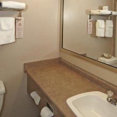 Отель Colonial Square Inn & Suites 2* Стандартный номер разные типы кроватей фото 2
