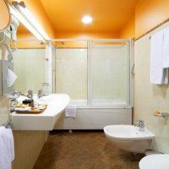 Royal Square Hotel & Suites ванная