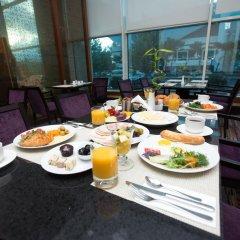 Отель Hilton Baku в номере фото 2