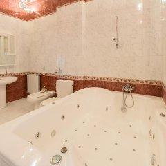 Гостиница Partner Guest House Shevchenko 3* Апартаменты с различными типами кроватей фото 4