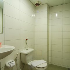 Eastiny Bella Vista Hotel & Residence Паттайя ванная