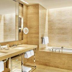 Отель The St. Regis Bal Harbour Resort 5* Номер Делюкс с различными типами кроватей фото 5