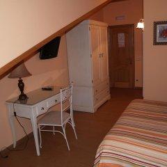 Отель Las Torres Испания, Арнуэро - отзывы, цены и фото номеров - забронировать отель Las Torres онлайн комната для гостей фото 5