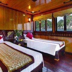 Отель Halong Golden Lotus Cruise комната для гостей фото 3