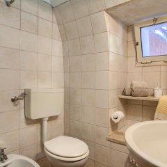 Отель Scogliera del Gabbiano Италия, Гальяно дель Капо - отзывы, цены и фото номеров - забронировать отель Scogliera del Gabbiano онлайн ванная фото 2