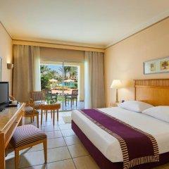 Отель Jaz Makadi Star & Spa 5* Улучшенный семейный номер с двуспальной кроватью фото 5