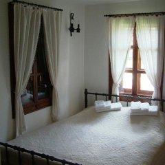Отель Hadji Neikovi Guest Houses в номере