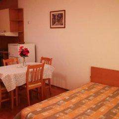 Отель Yassen VIP Apartaments комната для гостей фото 5