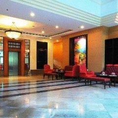 Karnmanee Palace Hotel развлечения
