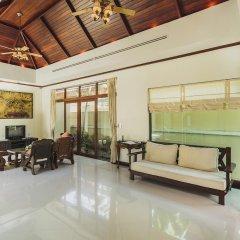 Отель Les Palmares Bangtao Villa комната для гостей фото 5