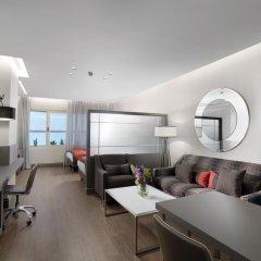 Отель Holiday Suites Полулюкс