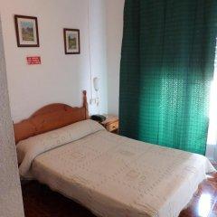 Отель Hostal Campoy Стандартный номер с двуспальной кроватью фото 3