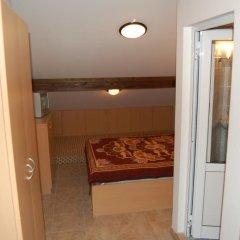 Отель Penevi Guest House Болгария, Боженци - отзывы, цены и фото номеров - забронировать отель Penevi Guest House онлайн комната для гостей