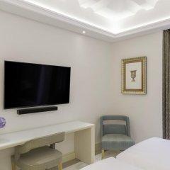 Aleph Rome Hotel, Curio Collection by Hilton 5* Номер Делюкс с различными типами кроватей фото 2