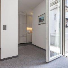 Апартаменты EMA House Serviced Apartments, Seefeld балкон