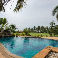 Отель Lake View Villa бассейн