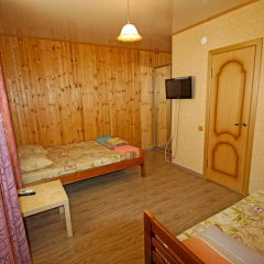 Гостиница Guest House on Turgeneva 172a в Анапе отзывы, цены и фото номеров - забронировать гостиницу Guest House on Turgeneva 172a онлайн Анапа комната для гостей фото 4
