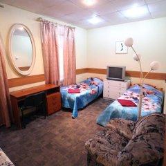 Мини-Отель Северная Стандартный номер с 2 отдельными кроватями (общая ванная комната) фото 4