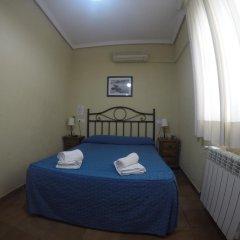 Отель Hostal El Pilar Стандартный номер с двуспальной кроватью фото 3