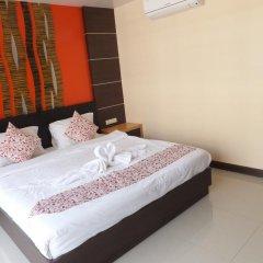 Dengba Hostel Phuket Улучшенный номер с различными типами кроватей фото 19