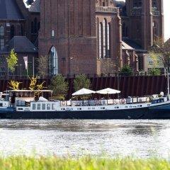 Отель Hotelboat Allure Нидерланды, Амстердам - отзывы, цены и фото номеров - забронировать отель Hotelboat Allure онлайн приотельная территория