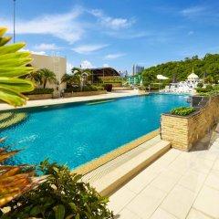 Отель Hyde Park by MyPattayaStay бассейн