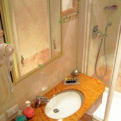 Hotel San Luca Venezia 3* Стандартный номер с различными типами кроватей фото 10