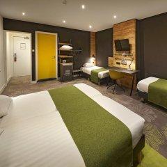 Отель Nova 3* Стандартный семейный номер с двуспальной кроватью фото 4