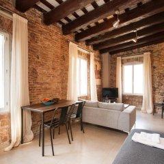 Отель Decimononico Borne Studios Барселона комната для гостей фото 4