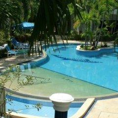 The Club Hotel Phuket бассейн