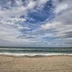 Отель Indura Resort пляж фото 2