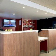 Отель Campanile Aix-Les-Bains гостиничный бар