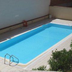 Отель Plaza Castilla 4 Torres бассейн