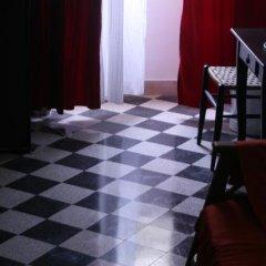 Отель Colazione Al Vaticano Guest House 3* Стандартный номер с двуспальной кроватью (общая ванная комната) фото 8