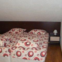 Отель Guesthouse Damyanova Kushta Банско комната для гостей фото 2