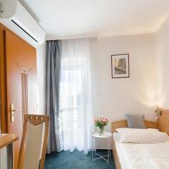 Отель Alfred Panzio комната для гостей фото 4