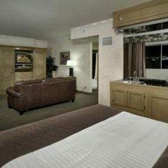 Отель Four Queens Hotel and Casino США, Лас-Вегас - отзывы, цены и фото номеров - забронировать отель Four Queens Hotel and Casino онлайн удобства в номере фото 2