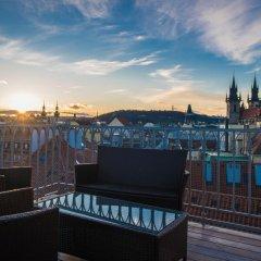 Отель Grand Bohemia Прага бассейн