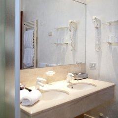 Отель Terme di Saturnia Spa & Golf Resort 5* Улучшенный номер с двуспальной кроватью фото 4