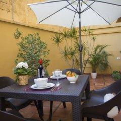 Отель SingularStays Botanico 29 Rooms Испания, Валенсия - отзывы, цены и фото номеров - забронировать отель SingularStays Botanico 29 Rooms онлайн питание фото 2