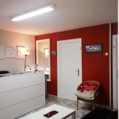 Отель Pension Antonio Испания, Мадрид - отзывы, цены и фото номеров - забронировать отель Pension Antonio онлайн комната для гостей