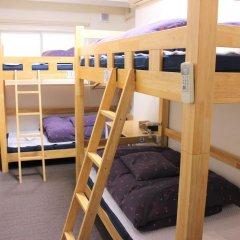 Отель K's House Tokyo Кровать в общем номере фото 2