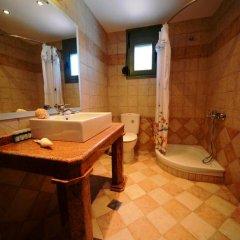 Отель Aselinos Suites 3* Коттедж с различными типами кроватей фото 23