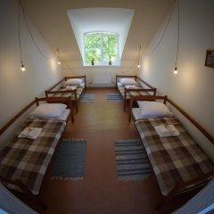 Хостел В центре Кровать в женском общем номере фото 10