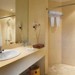 Отель Keraton Jimbaran Beach Resort 3* Улучшенный номер с различными типами кроватей фото 3