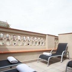 Отель Apbcn Eixample Center Барселона бассейн