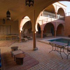 Отель Maison Merzouga Guest House Марокко, Мерзуга - отзывы, цены и фото номеров - забронировать отель Maison Merzouga Guest House онлайн бассейн фото 2