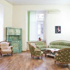 и хостел Lucky Кровать в мужском общем номере с двухъярусной кроватью фото 4