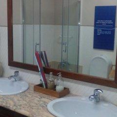 Отель Peniche Blue Wave Home ванная фото 2
