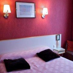 Отель Hôtel Paris Voltaire 2* Стандартный номер с двуспальной кроватью
